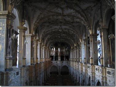 royal courtyard
