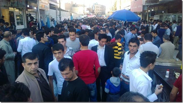 Iraq Crowd in the market