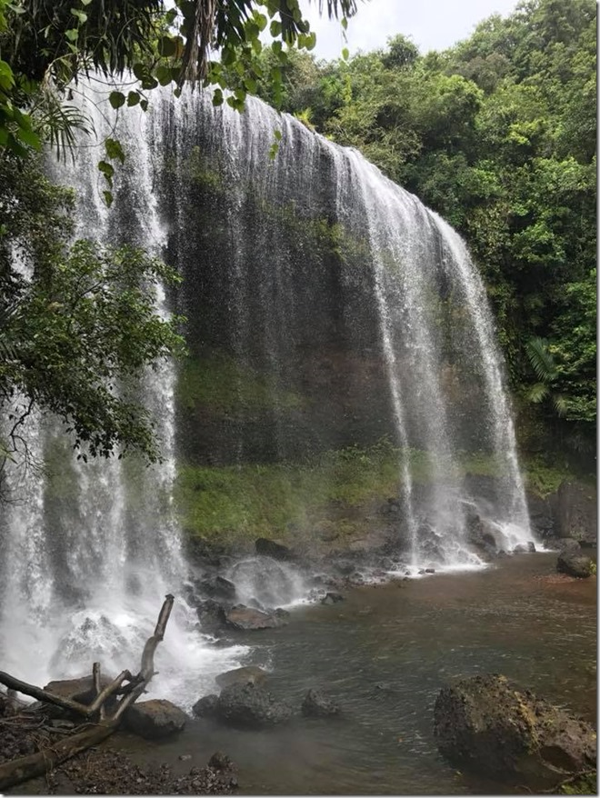 Palau - Ngardmau Waterfall