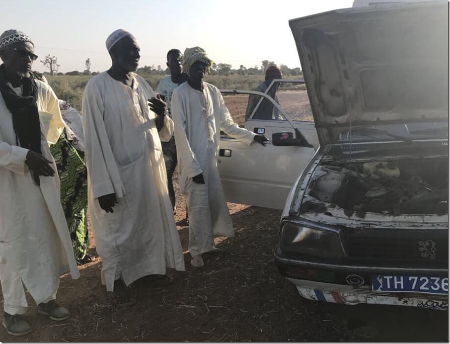 broken down car in senegal